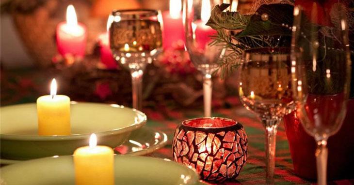 Бокалы на новогоднем столе 2013