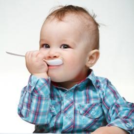 Детские тефтели в сметанном соусе в мультиварке