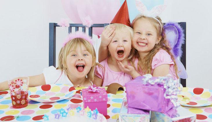 Что подарить ребенку на день рождения в 2 года?