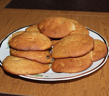 Печенье из овсяной муки с медом и изюмом